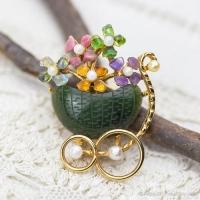 Swoboda スワボダ-天然石-翡翠のキャンディ花車ヴィンテージ・ブローチ(メイン画像)